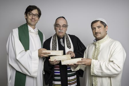 Pfarrer Gregor Hohberg, Rabbiner Dr. Andraes Nachama und Imam Kdair Sanci, © Klemens Renner.